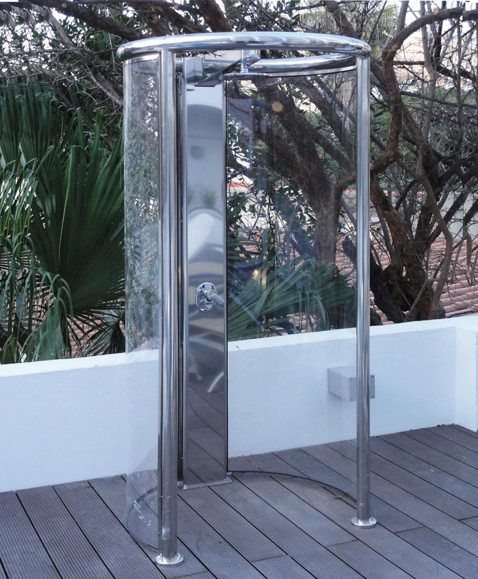 Duchas de hidroterapia piscinas pool jard n - Duchas para piscinas exterior ...